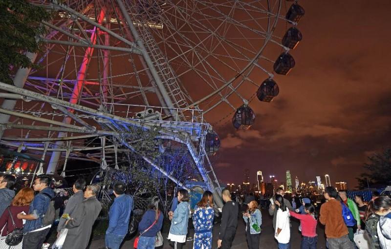 重庆游乐园的摩天轮22日正式退役